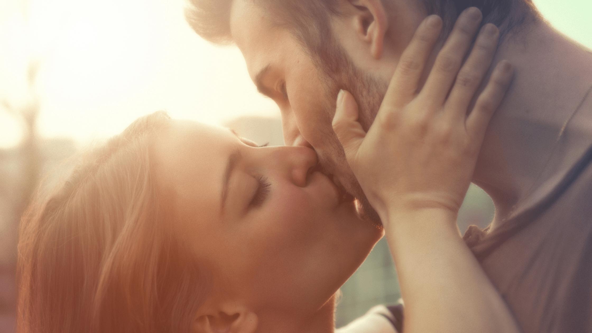 FREE International Kissing Day Kiss & Tell Bedroom Game